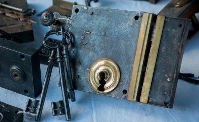 Locksmith services - non-stop locksmith emergency