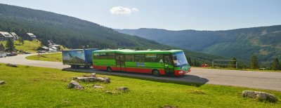 Cyclobuses in the Giant Mountains: In addition to cyclists, also for tourists. They run daily in summer!