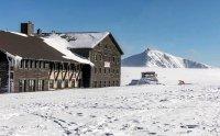 Luční bouda v zimě