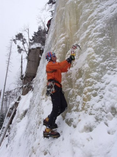 Ledolezení - ledová stěna