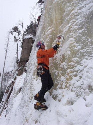Isklatring - isvæg
