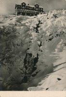 Labská bouda a Labský vodopád v zimě