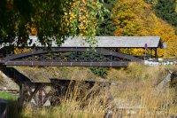 Vycházkový dřevěný most
