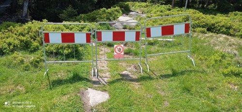 Omezení a uzavřené turistické cesty v Krkonoších - léto 2021