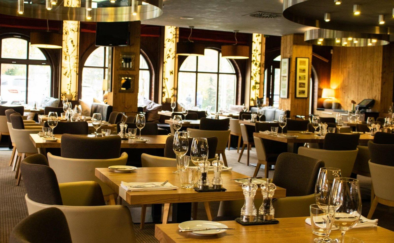 SAVOYA restaurant & lounge