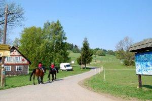 Toeristische ritten - Paardrijden - Kněžice