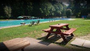 open-air swimming pool