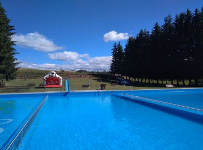 Udendørs swimmingpool Mříčná